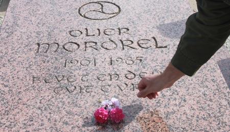 Tombe Olier Mordrel
